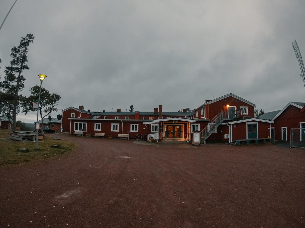 Kungsleden_Sued_Groevelsjoen_Fjällstation